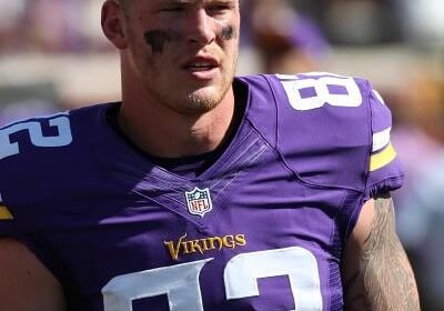 Everything You Must Know About Kyle Rudolph: Age, Bio, Parents, Siblings, Wife, Kids