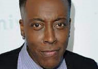 Facts on Arsenio Hall's Biography, Age, Early Life, Dating, Career, Sexuality, Parents, Shows
